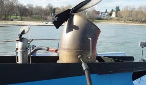 Nijmegen wants to keep polluting ships out; clean ships get a discount